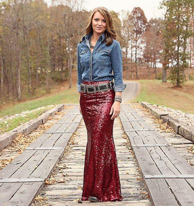 29 dazzling sequin skirt outfits you should try