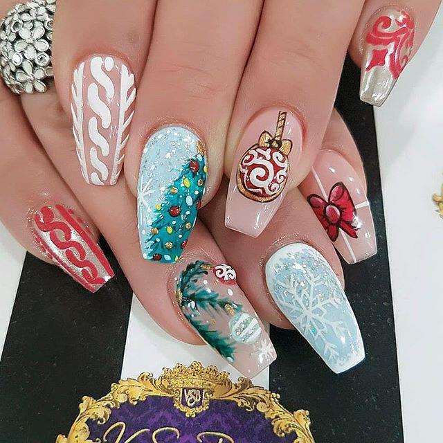 35 stunning xmas nails to make you feel festive 1 - 40+ stunning xmas nails to make you feel festive